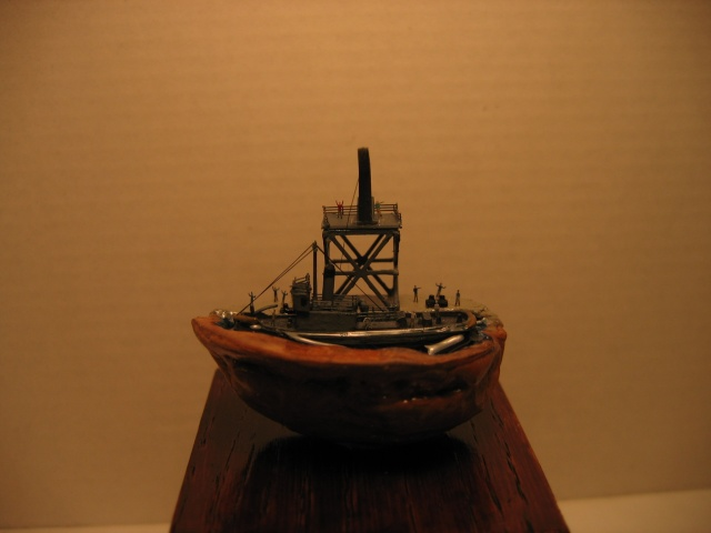 diorama dans une coquille de noix si si c est possible !!! Img_0215