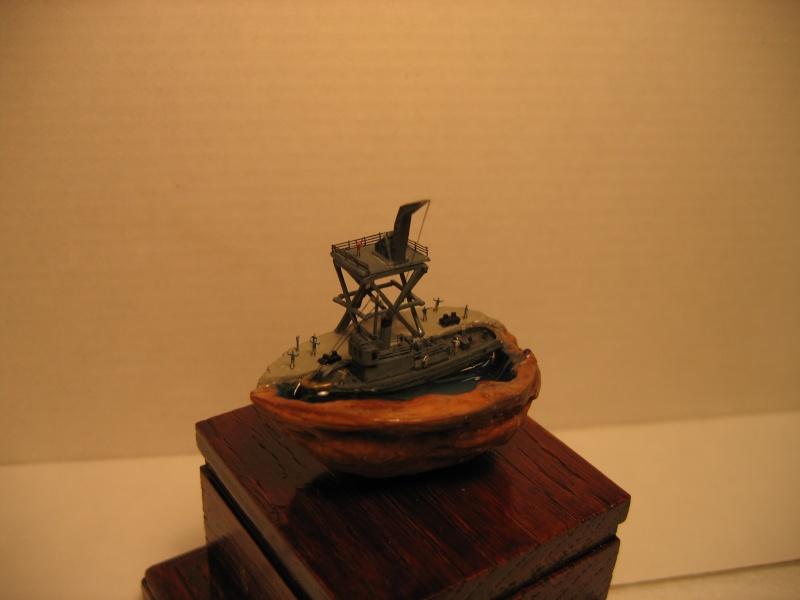diorama dans une coquille de noix si si c est possible !!! Img_0310