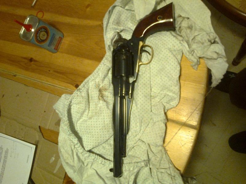 grand démontage d'un revolver remington 1858 Photo020