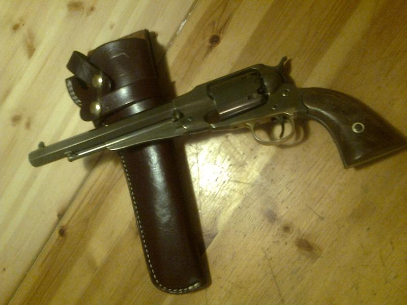 grand démontage d'un revolver remington 1858 - Page 2 Photo039