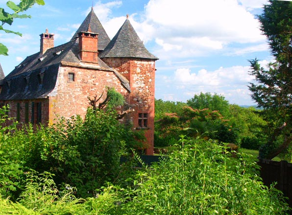 Collonges la rouge en Limousin Castel10