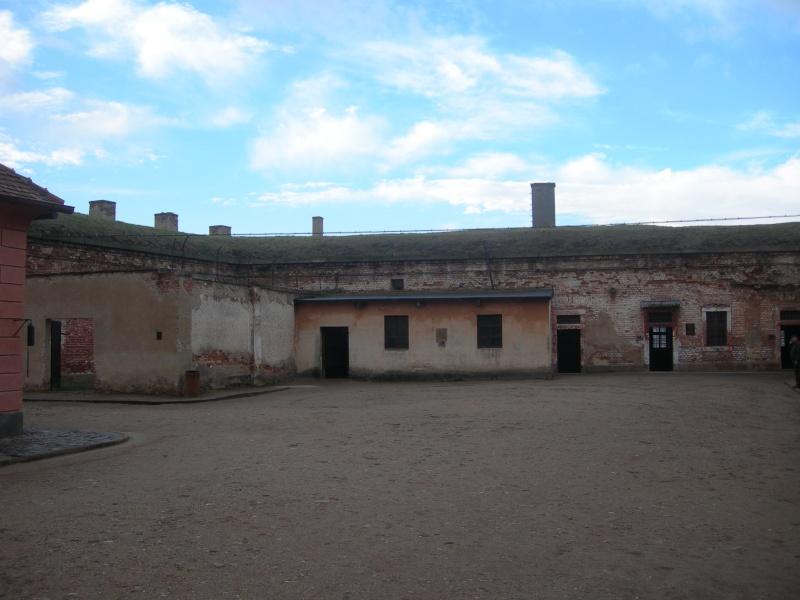 La petite forteresse et le Ghetto de TEREZIN  Dscn9011