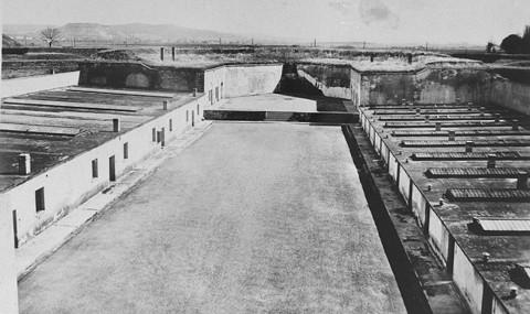 La petite forteresse et le Ghetto de TEREZIN  Fortif10