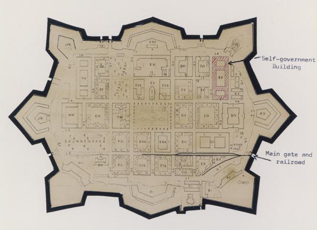 La petite forteresse et le Ghetto de TEREZIN  Terezi11