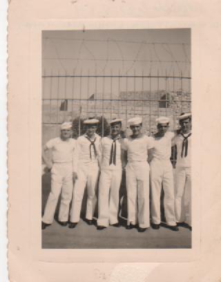 Bonjour les marins - Page 8 00132