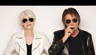 Françoise Hardy & Alain Chamfort dans le Figaro Magazine (2e extrait) Franco11