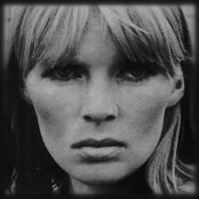 Bram Stoker rend-il hommage à Françoise par photo interposée ? Nico210