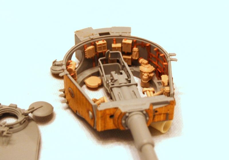 peinture - Diorama - Sortie d'usine ! - l'aventure continue - vues d'ensemble et l'arrière Dsc_0321