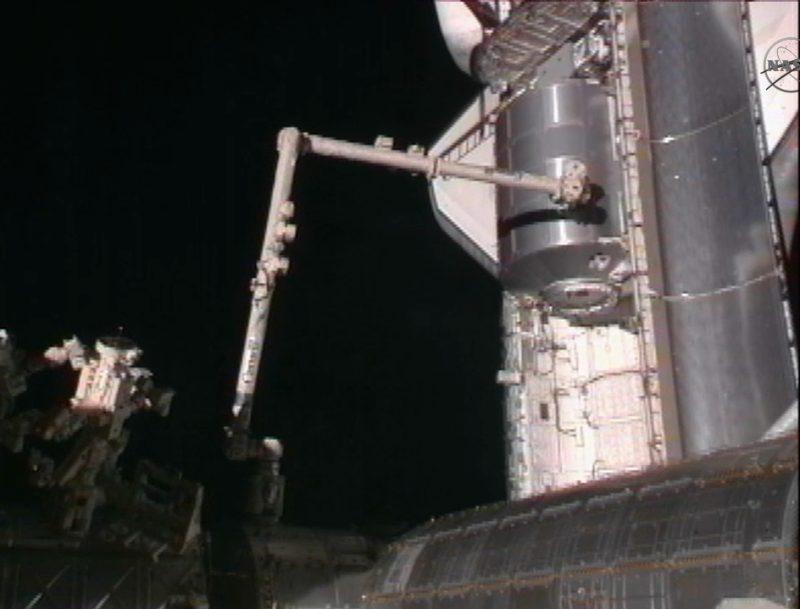 [STS-135] Atlantis: Déroulement de la mission.   - Page 2 410