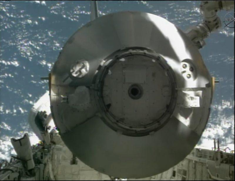 [STS-135] Atlantis: Déroulement de la mission.   - Page 2 610
