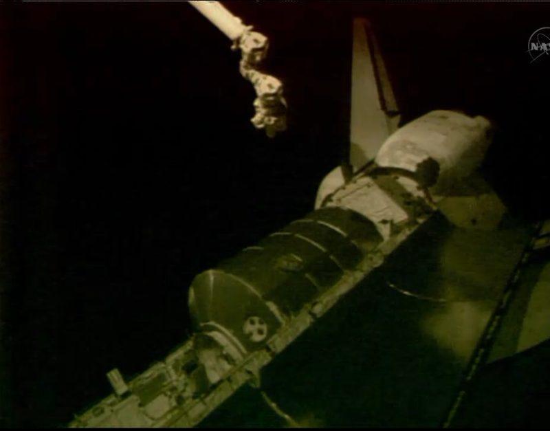 [STS-135] Atlantis: Déroulement de la mission.   - Page 2 Sans_t10
