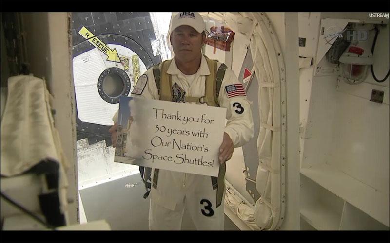 [STS-135, vol final] Suivi du lancement d'Atlantis (08/07/11 à 15h26 GMT) - Page 5 Untitl27