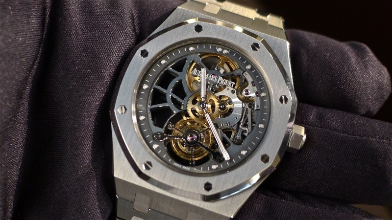 SIHH 2012 - Audemars Piguet Royal Oak Squelette et  Royal Oak Tourbillon Squelette 40 ans L1010014