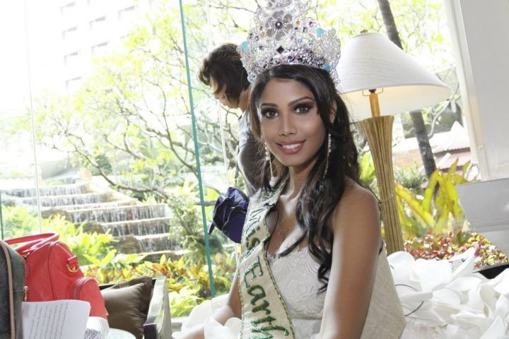 Official thread of MISS EARTH 2010 - Nicole Faria (India) - Page 4 30474610