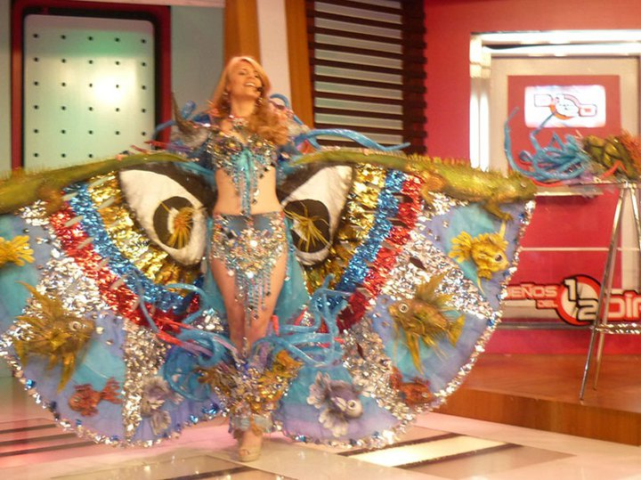 Miss Universe 2011 National Costumes Ecua10