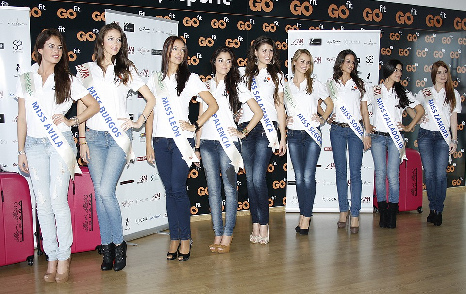 MISS SPAIN 2012 - (Livestream)-Pageant is On Going Misses15
