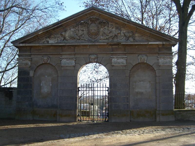dreux - La Chapelle Royale de Dreux  Cappad78