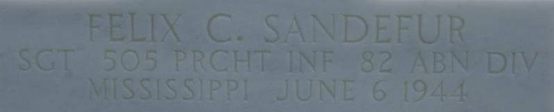 Monument WW2 - Fresville ( Normandie ) Dsc03428