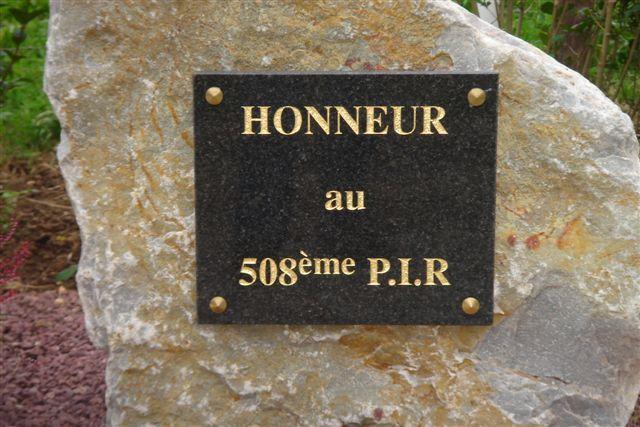 Monument WW2 - Amfreville ( France ) Dsc04711