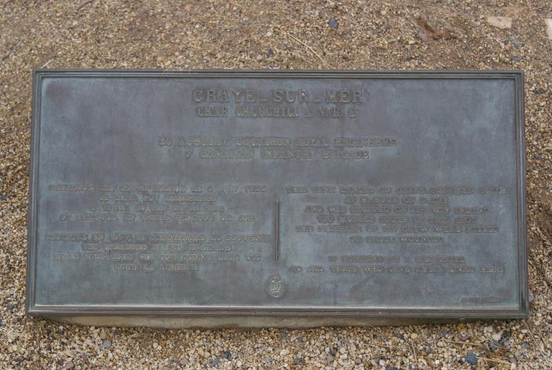 Monument WW2 - Graye sur Mer ( Normandie ) Dsc06817
