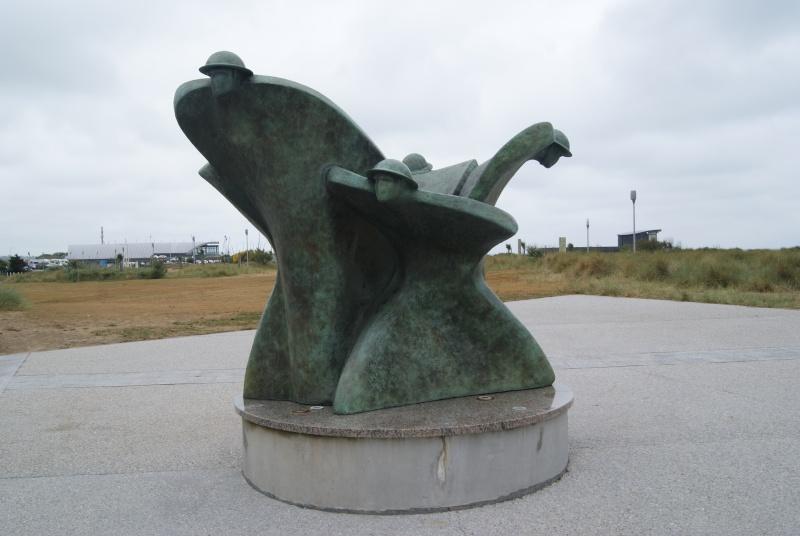 Monument WW2 - Courseulle sur Mer ( Normandie ) Dsc06824