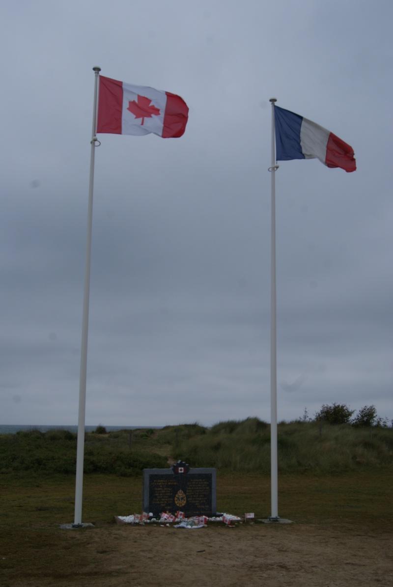 Monument WW2 - Courseulle sur Mer ( Normandie ) Dsc06825