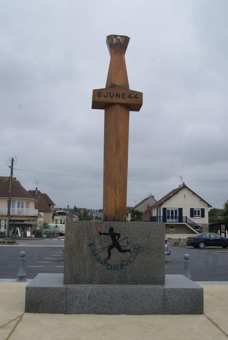 Monument WW2 - Courseulle sur Mer ( Normandie ) Dsc06924