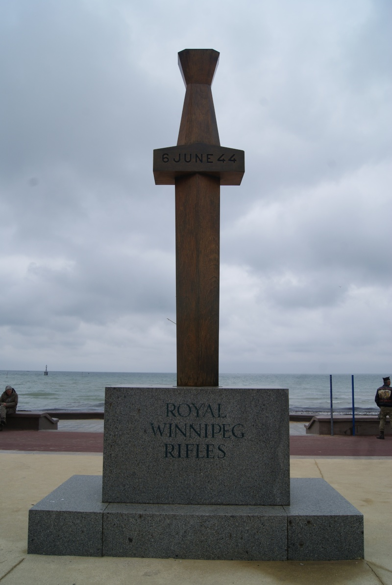 Monument WW2 - Courseulle sur Mer ( Normandie ) Dsc06925