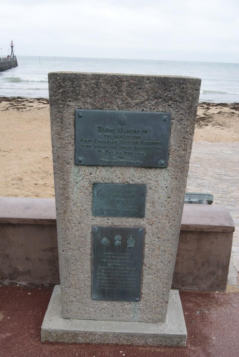 Monument WW2 - Courseulle sur Mer ( Normandie ) Dsc06930