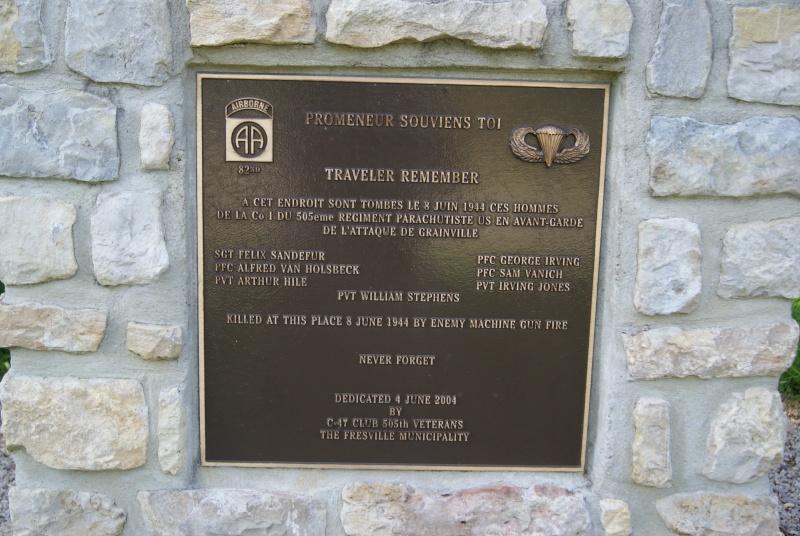 Monument WW2 - Fresville ( Normandie ) Dsc08814