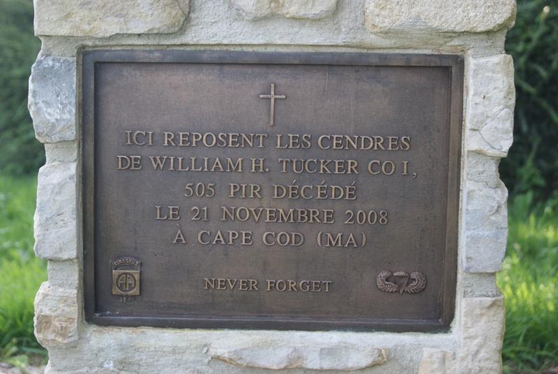 Monument WW2 - Fresville ( Normandie ) Dsc08818