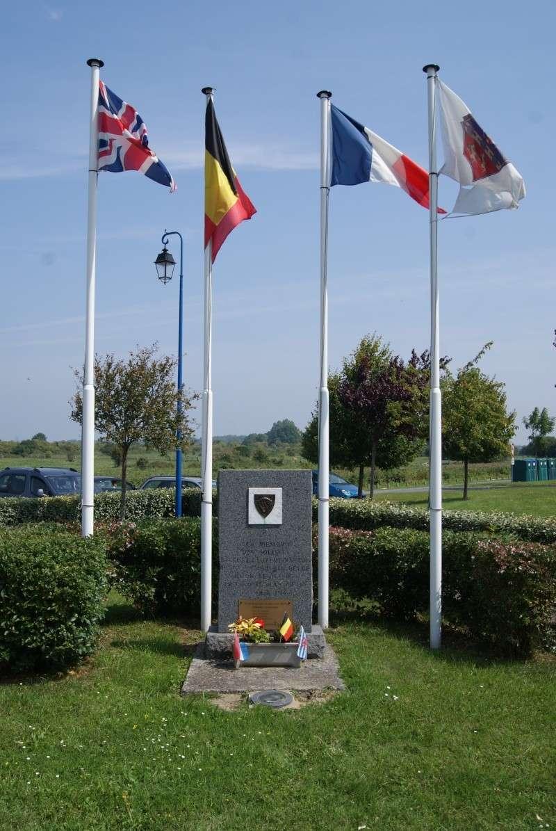 Monuments WW2 dédiés à la Brigade Piron. ( Normandie ) Dsc09920