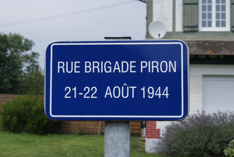 Monuments WW2 dédiés à la Brigade Piron. ( Normandie ) Dsc09933