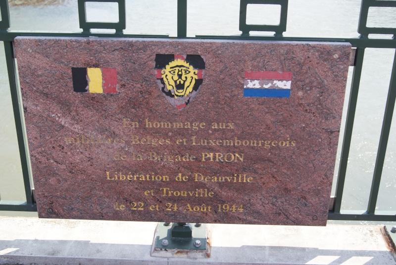 Monuments WW2 dédiés à la Brigade Piron. ( Normandie ) Dsc09939