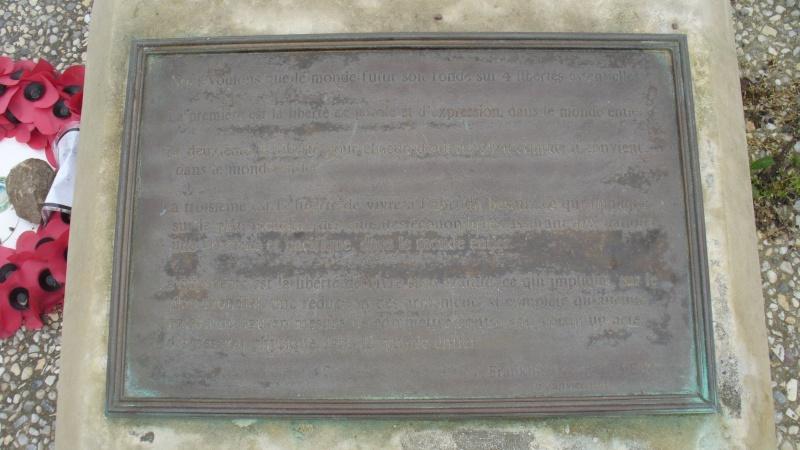 Monument WW2 - Lion-sur-Mer ( Calvados - Normandie ) P1080222