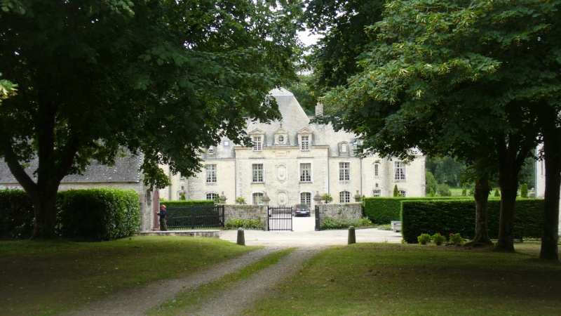 Monument WW2 - Yvetot-Bocage ( Normandie ) P1080317