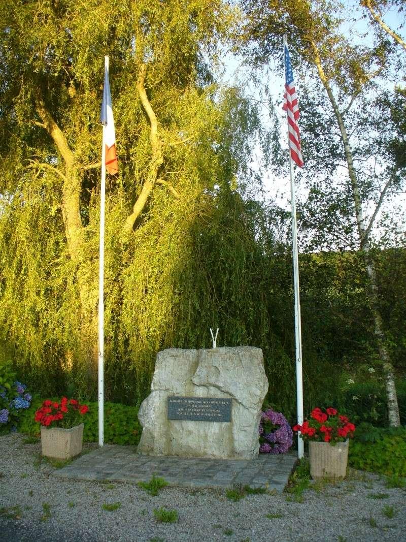 Monument WW2 - Lithaire ( Manche - Normandie ) P1080426