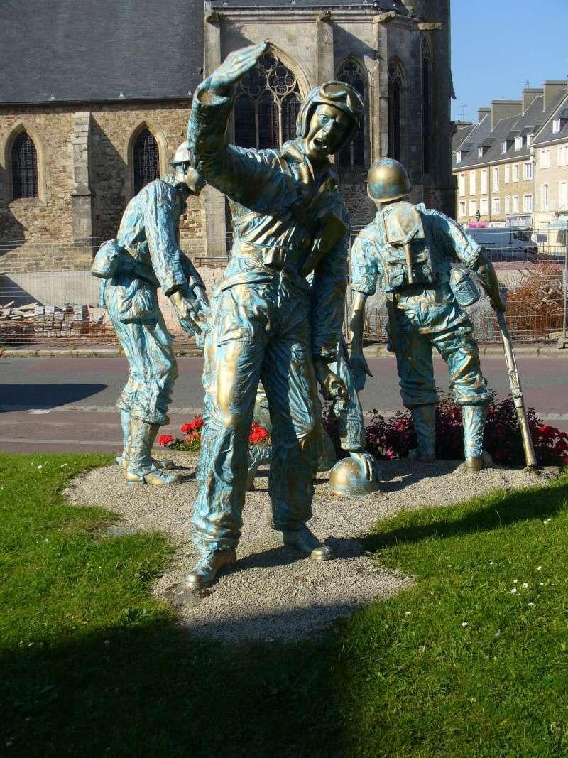Monument WW2 - Périers ( Manche - Normandie ) P1080516