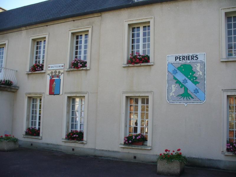 Monument WW2 - Périers ( Manche - Normandie ) P1080522