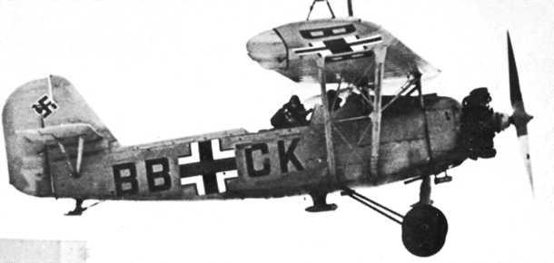 avion allemand  atterri en juillet 44 en Normandie He4610