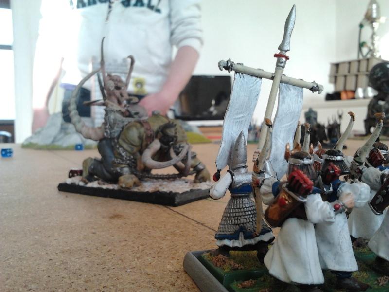 Rapport de bataille: Guerrier du chaos de Nurgle VS Hauts-elfes (pitoyables) - Page 2 2012-098