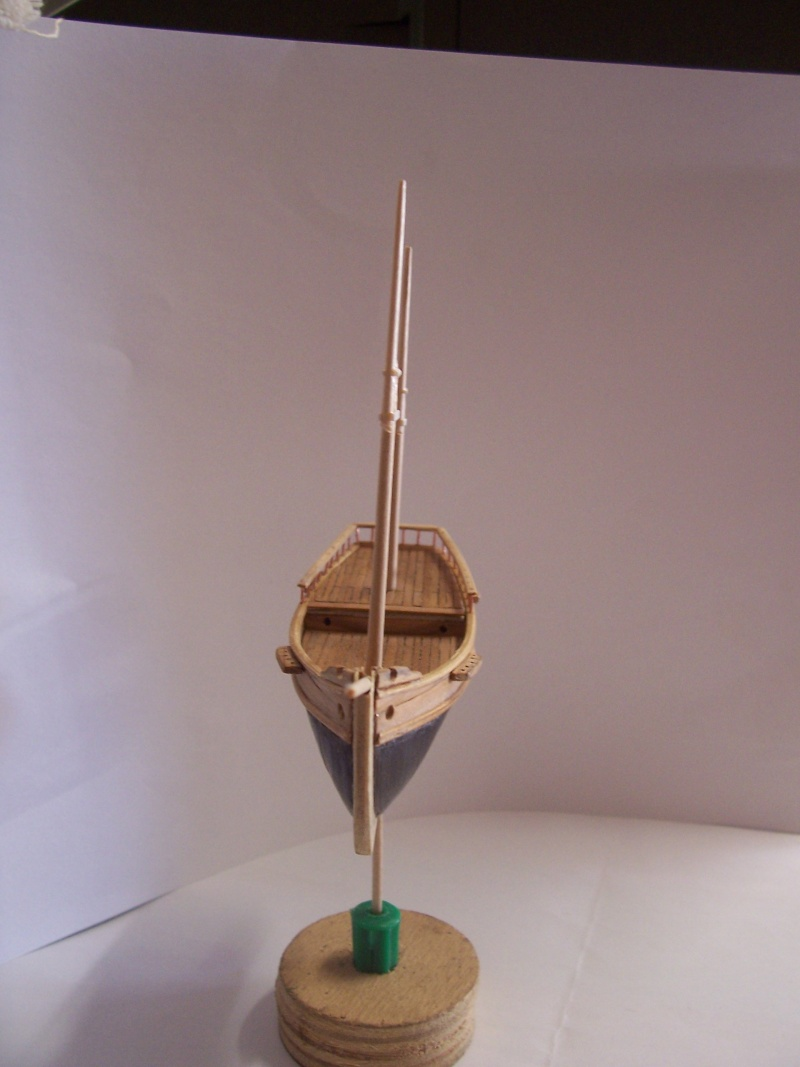 LA CURIEUSE  Ketch  d' exploration /coquille  de  moule  1/200e 100_3868