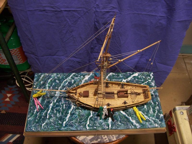(preparation ) diorama ; 1780  cotre  pirate  en  mer d'iroise  100_4217
