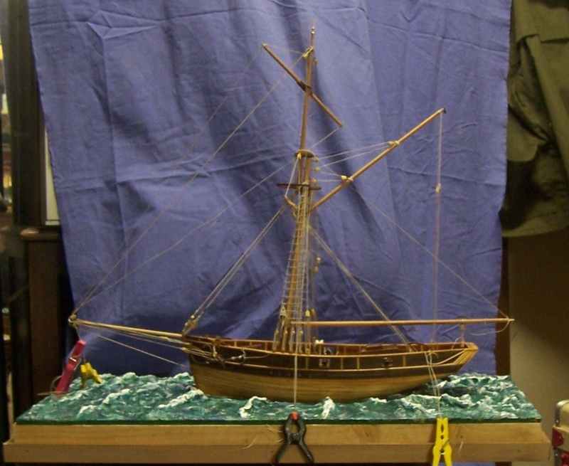 (preparation ) diorama ; 1780  cotre  pirate  en  mer d'iroise  100_4219