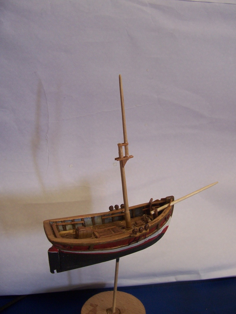 Cotre  pirate  en  coquille  de  moule  - Page 2 100_4425