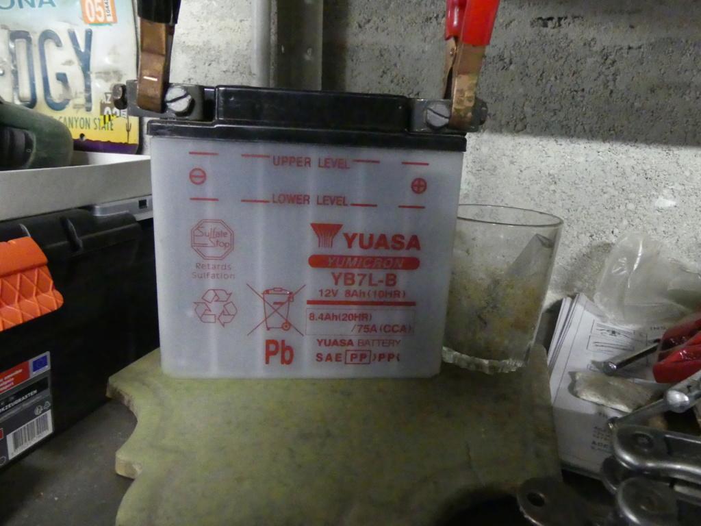 batterie yuasa  P1000220