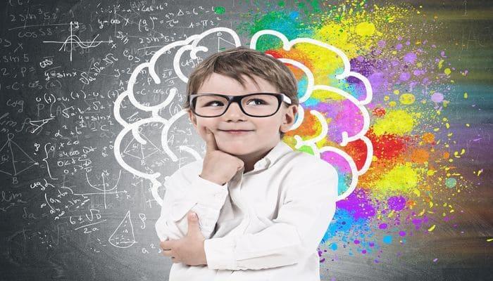 علاقة الرسم بتطوير تفكير الطفل 25999910