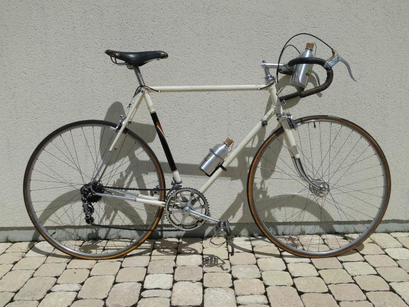 Ou sont les filles ?..........à biclette  :D Zzzzz714