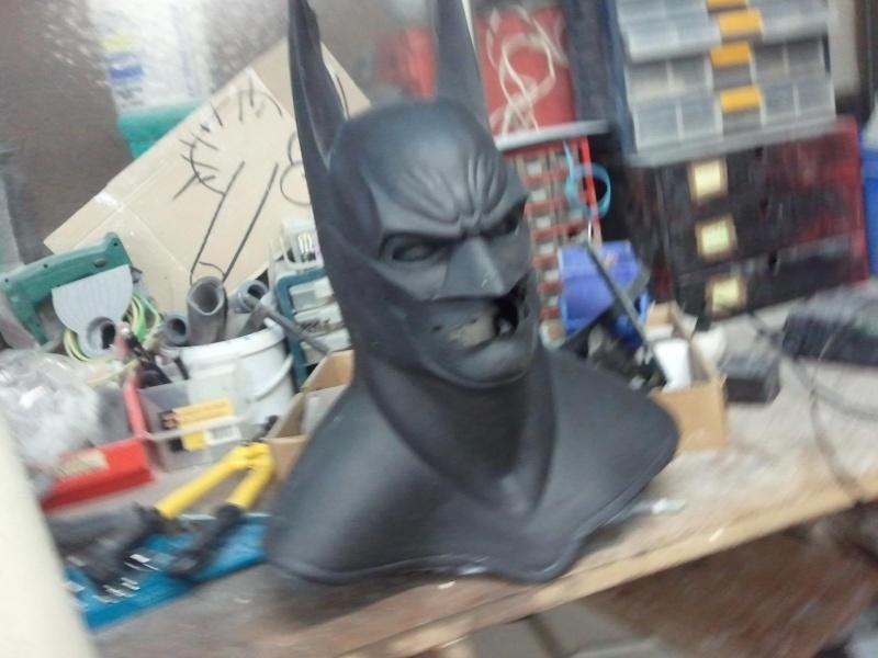 my batman mask bust ! Photo218
