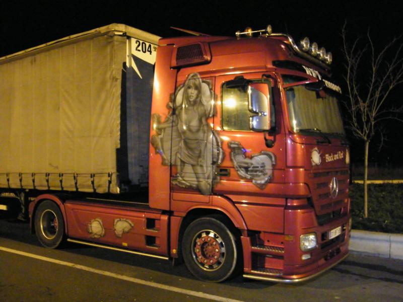 les beaux Camions !!!! Dscf5339